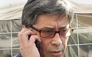 Il commissario straordinario Vasco Errani durante la gestione dell'emergenza terremoto in Emilia Romagna